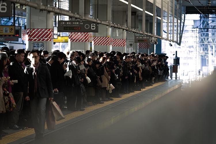 朝の電車通勤