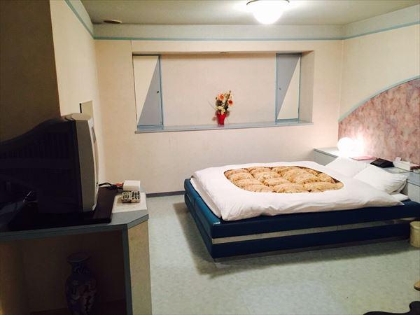 寝る前の部屋