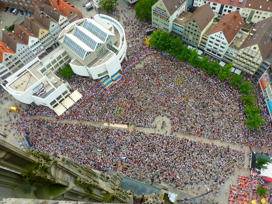 群衆 集客