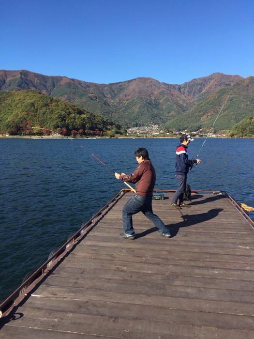 魚釣ってるふり