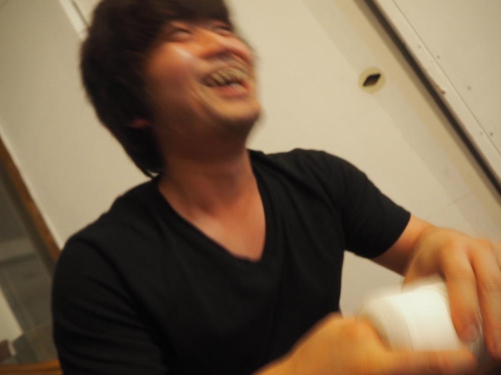 TENGA指に喜んでいる周太郎氏2