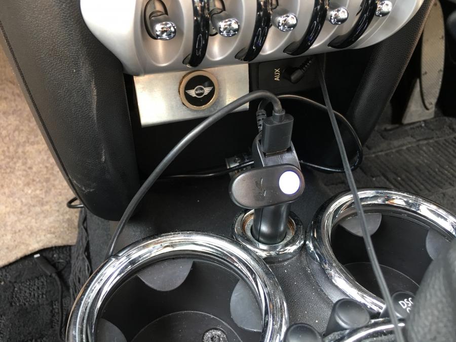 ドライブレコーダーのケーブル