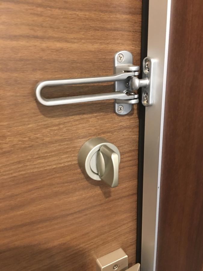 ドアのつまみの形