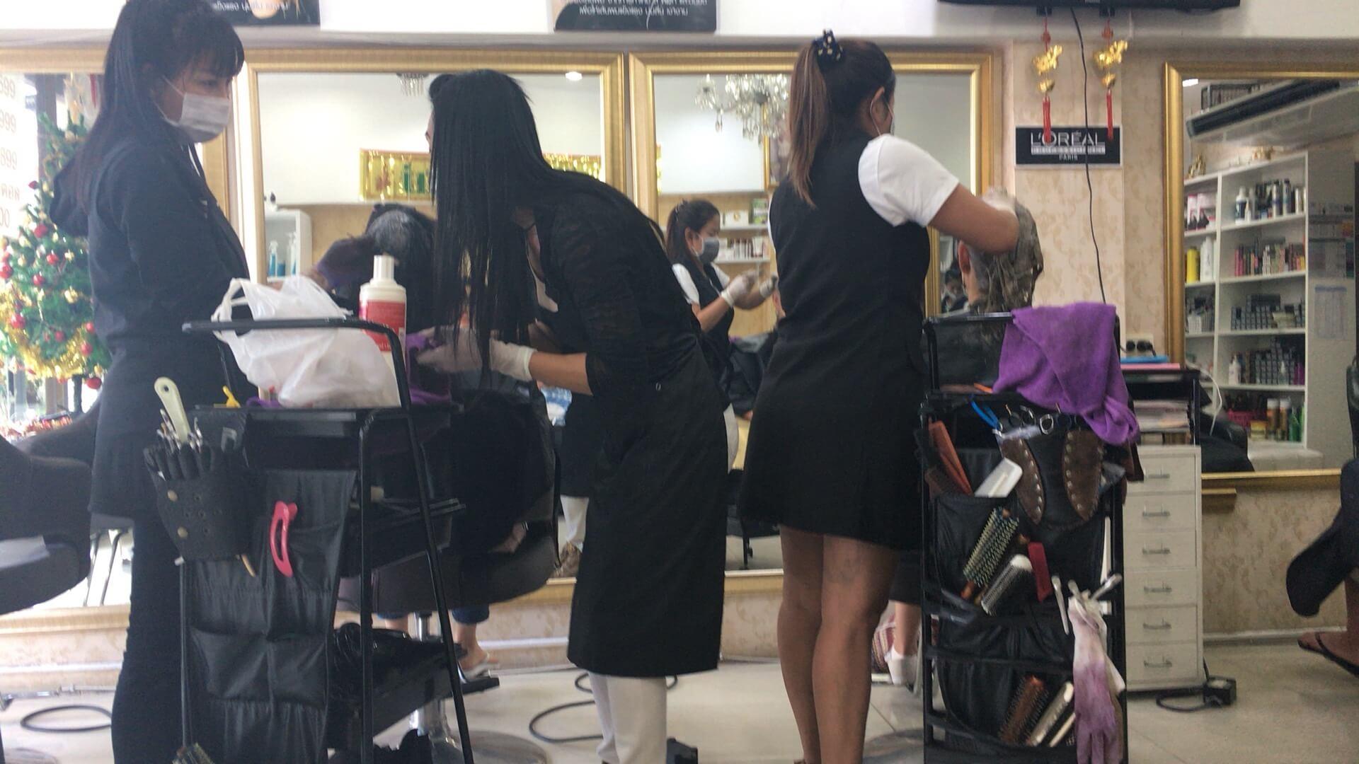 タイの美容師さん