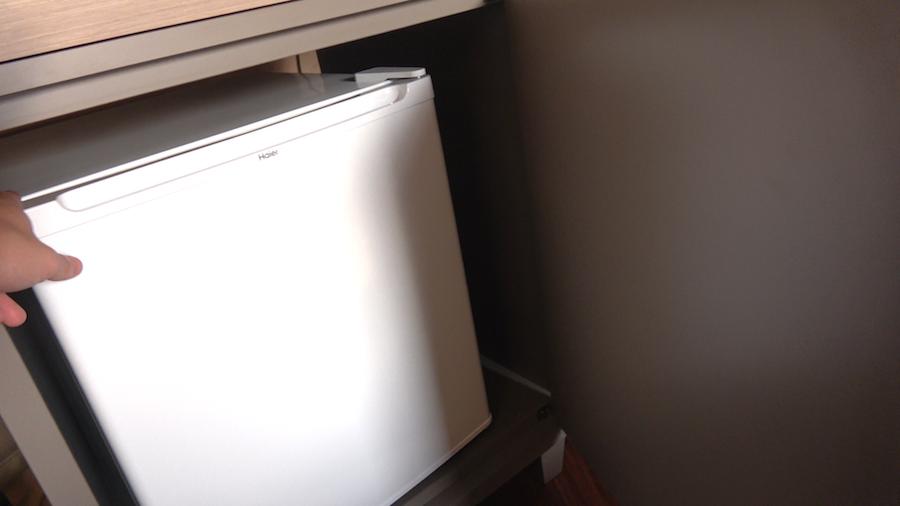 グランピング室内 冷蔵庫